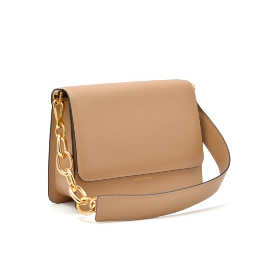 BOLD CHAIN CROSSBODY BAG